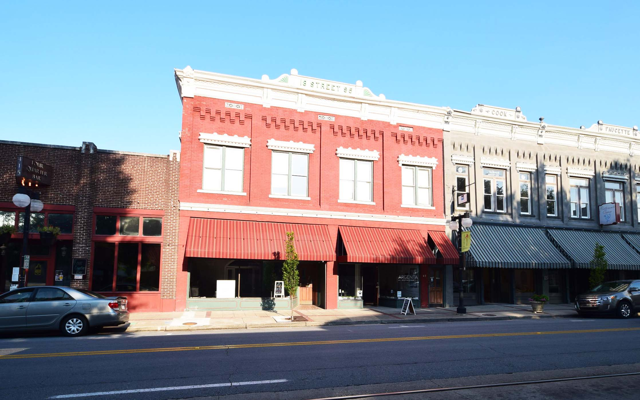 The building at 417-419 Main Street in Argenta is now at full capacity.